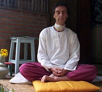 Meditation - calm, focused and composed. Cultivating wholesome mental qualities, mindfulness and wisdom.